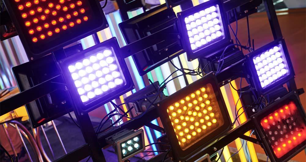 Сценично LED осветление