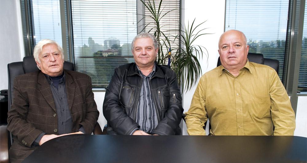 Интервю с инж. Евтим Евтимов, представител на Технос, Илия Златанов, управител на Изамет 1991, и Евгени Касабов, управител на Алфалифт