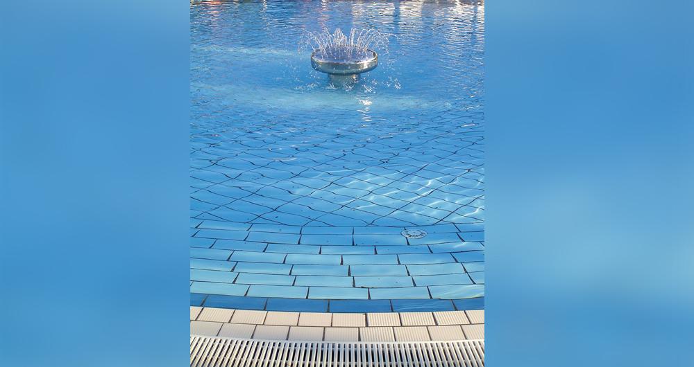 Обработка на водата за плувни басейни