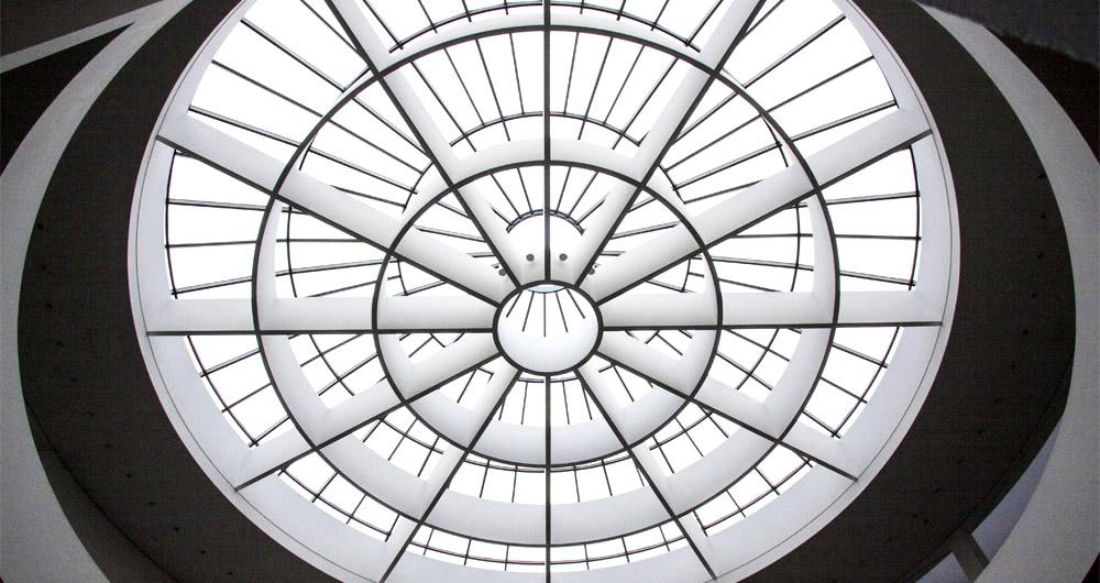 Осветителни куполи и люкове за естествено осветление - характеристики и предимства